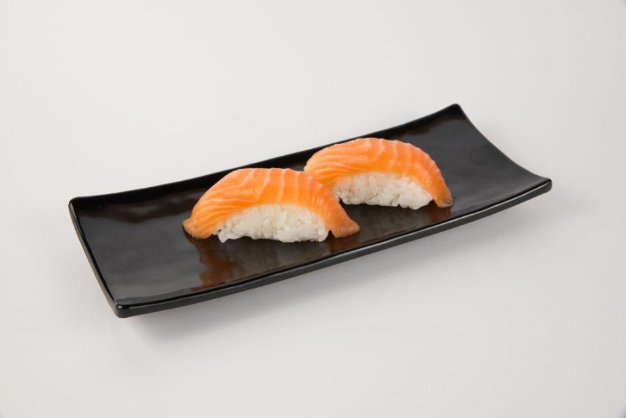 Receta de nigiri de salmón